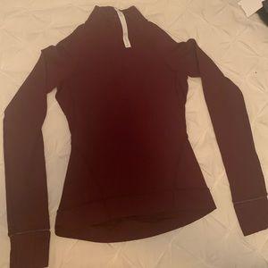 Lululemon longs sleeves shirt